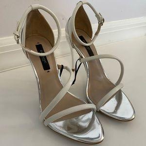 Zara White Strappy Sandals Brand New Size 6.